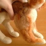 羊毛フェルト猫の足