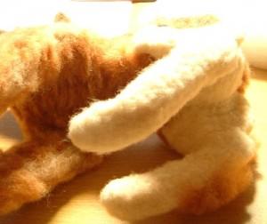 羊毛フェルトでリアル猫作成 植毛 お腹まわり
