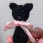 羊毛フェルトで黒猫を作りました