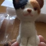 羊毛フェルト三毛猫