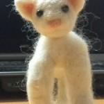 20140505 羊毛フェルト白猫の体??