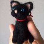 羊毛フェルトの黒猫ちゃんを作りました
