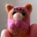 羊毛フェルトで、茶トラ猫マトリョーシカを作成しました