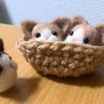 羊毛フェルトで猫マスコット(薄茶 はちわれ)を作りました
